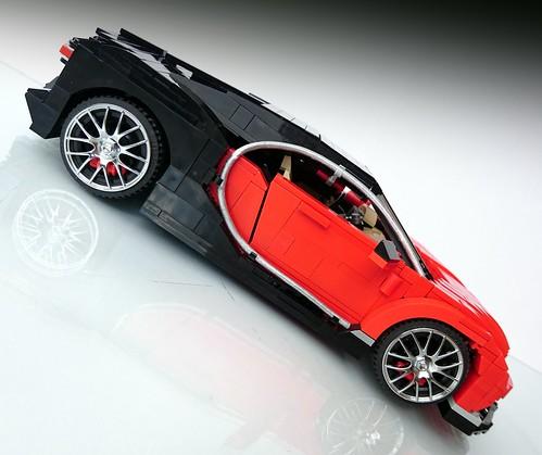 15 Bugatti Chiron