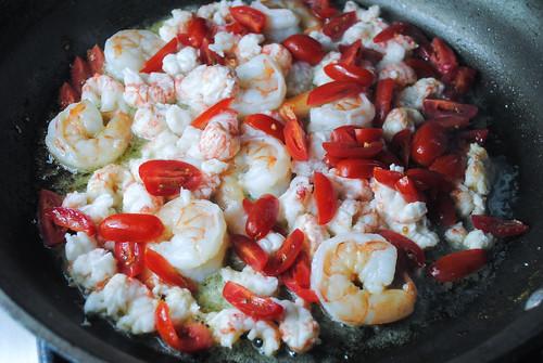seafood-scampi-pasta (5)
