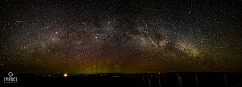 Aurora and Milky Way over Gress