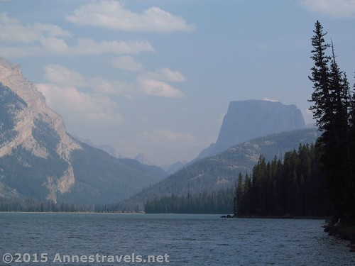 Zoomed picture of Squaretop from the lakeshore of Lower Green River Lakes, Wind River Range, Wyoming