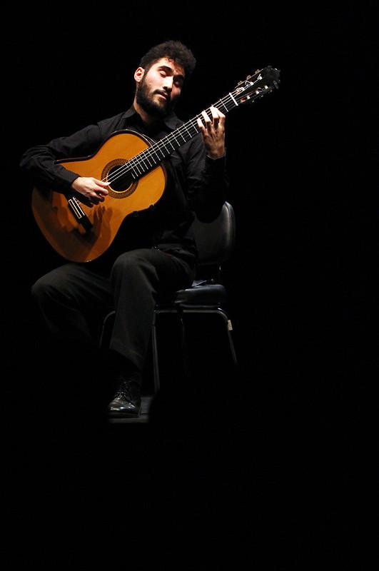 JAVIER GARCÍA VERDUGO, GUITARRA - TEATRO EL ALBÉITAR 22.12.15