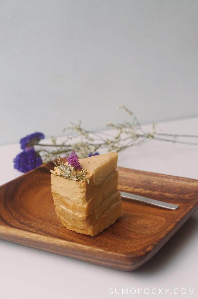 Tokyo Banana Caramel Cake Recipe Rustic Cake Sumopocky
