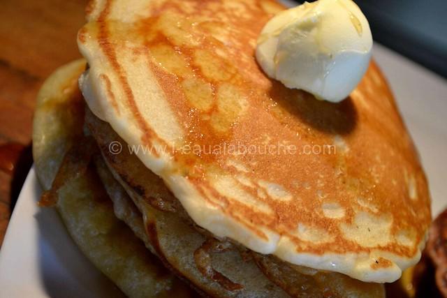 Trio de Pancakes Nature-Chocolat-Coco © Ana Luthi Tous droits réservés   14