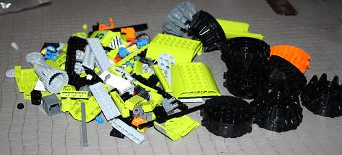 8960_LEGO_Power_Miners_01