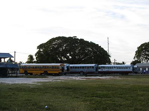 Orange Walk: une des deux gares de bus