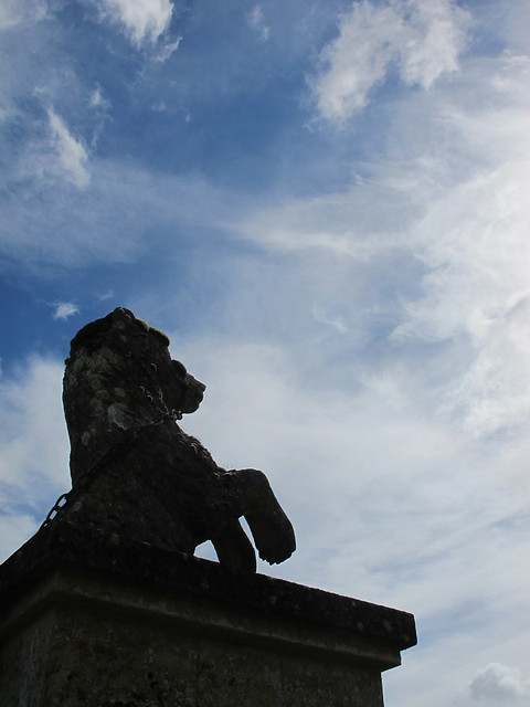 Armorial Beast, Mottisfont Abbey Gardens