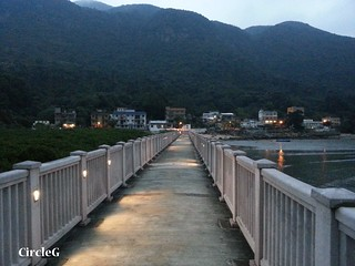 CIRCLEG 大澳 巴士 船 一天遊 香港 東涌站 炭燒雞蛋仔 貓 少林寺 夜景 散步 遊記 (36)