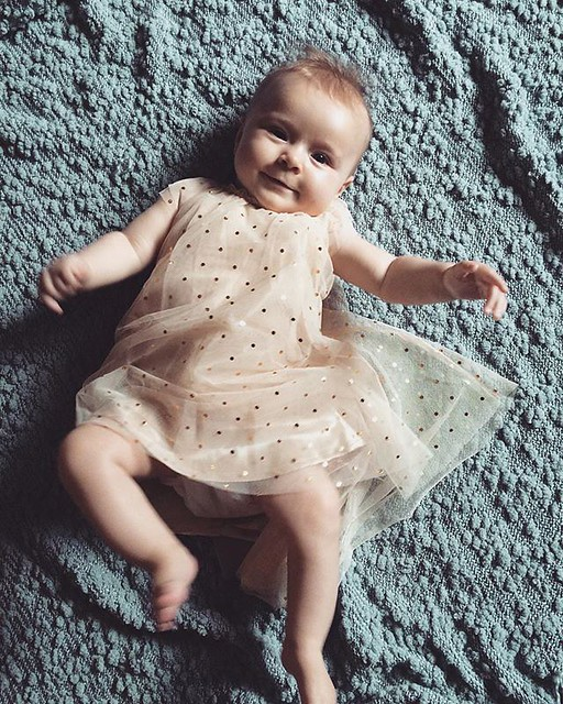 five months || Little Girl...