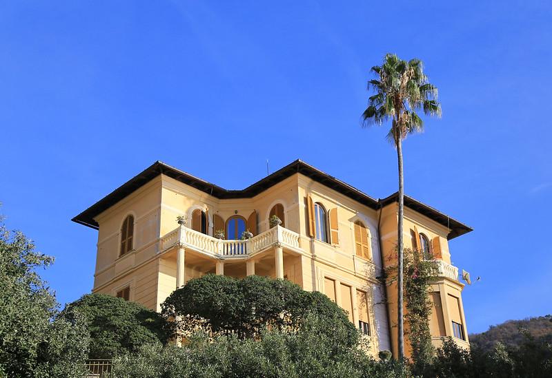 camogli italian house