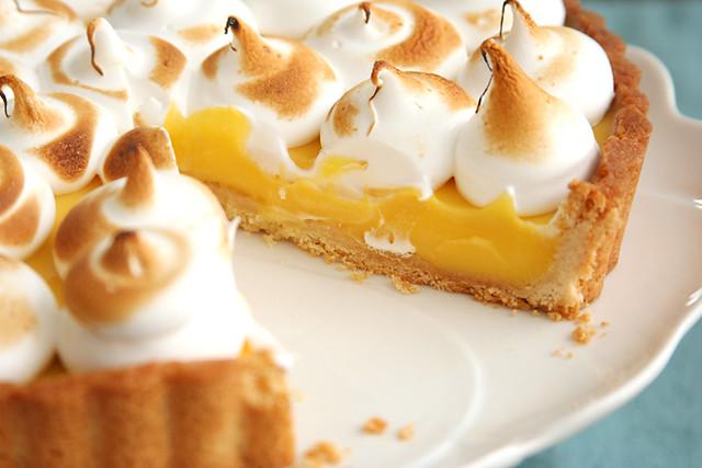 passionfruit meringue tart 8