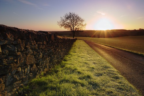 winter home sunrise landscape dawn outdoor farm farming cotswolds gloucestershire fields serene kingscote