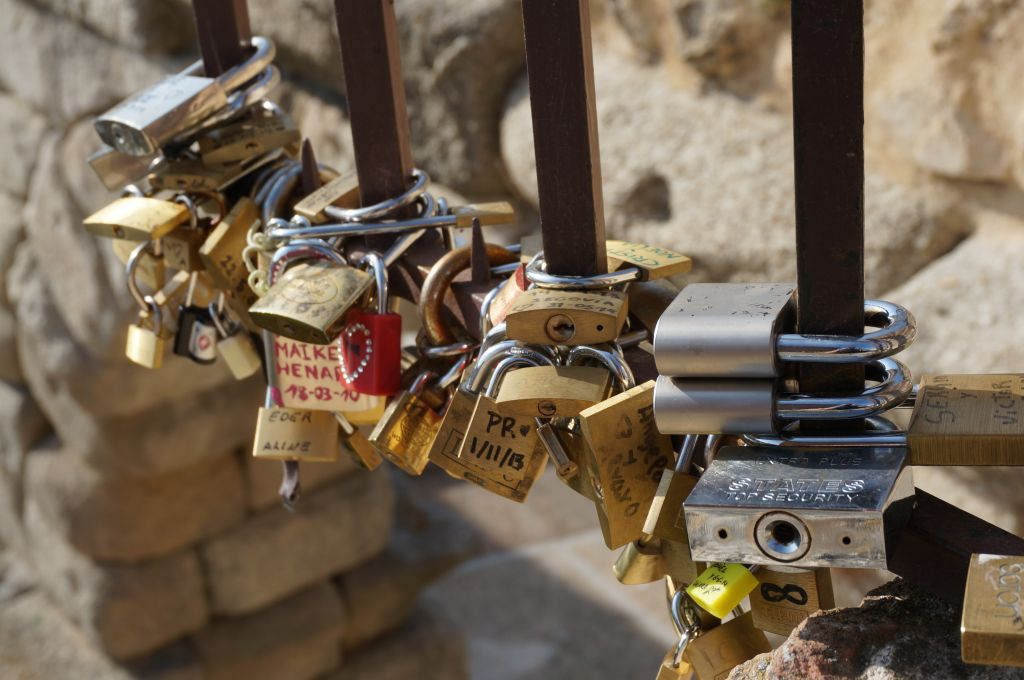 locks on gate in segovia