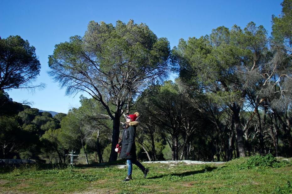 lara-vazquez-madlula-style-look-fashion-blog-natural-landscape-casual