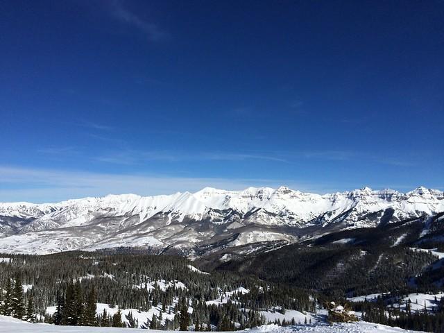 水, 2016-01-27 12:00 - 12番リフト上から東方向の眺め