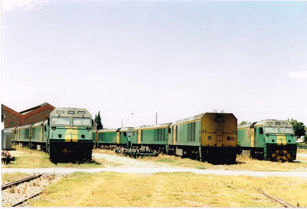 EL Islington 1 by Streamliner