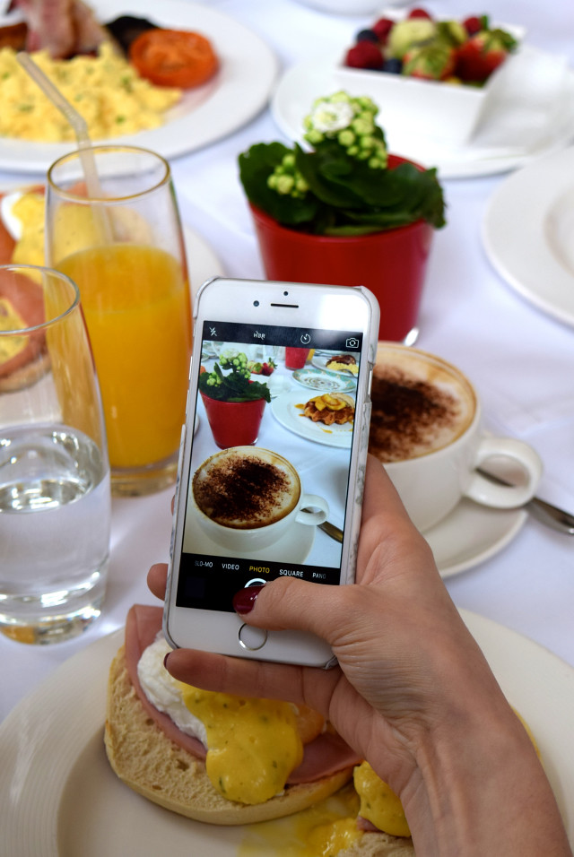 Instagramming Breakfast at The Orangery, Kensington Palace | www.rachelphipps.com @rachelphipps