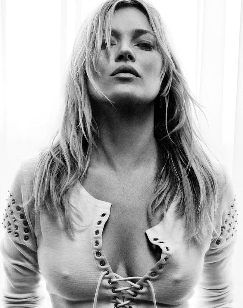 Кейт Мосс — Фотосессия для «Vogue» UK 2016 – 4