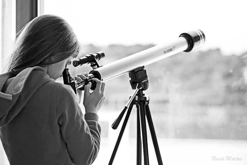 preparando el telescopio para la noche