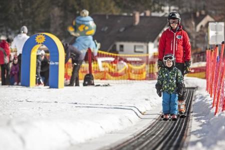 Děti na lyžích očima praxe (1) - první krůčky
