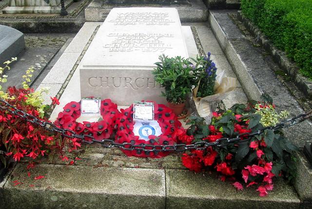 Churchill's Grave, St Martin's, Bladon