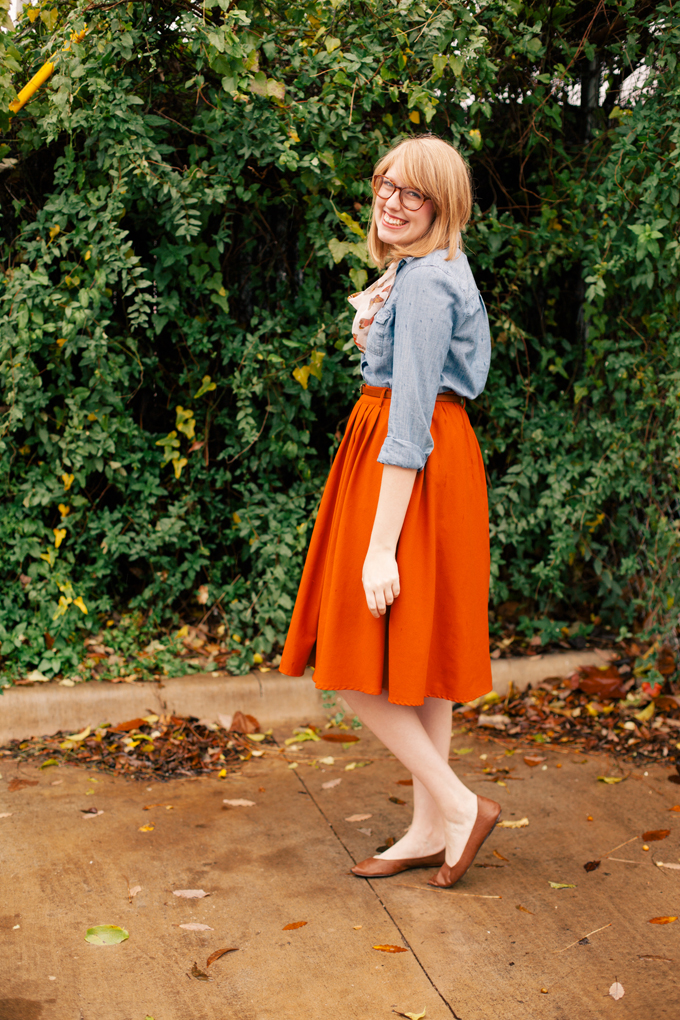 chambray shirt orange skirt6