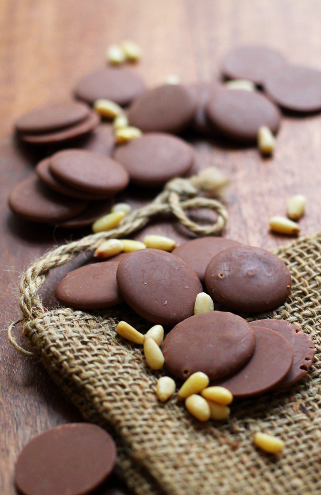 Toasted Pine Nut Milk Chocolate Shortbread