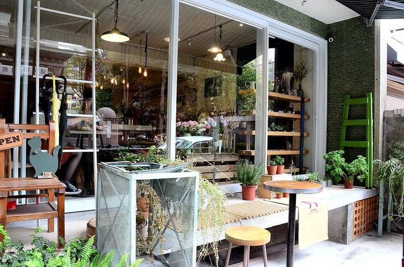 儲房咖啡館菜單台北怎麼去捷運地址營業時間乾燥花 (1)