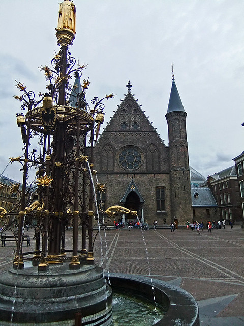 The gilded fountain in the square in Den Haag