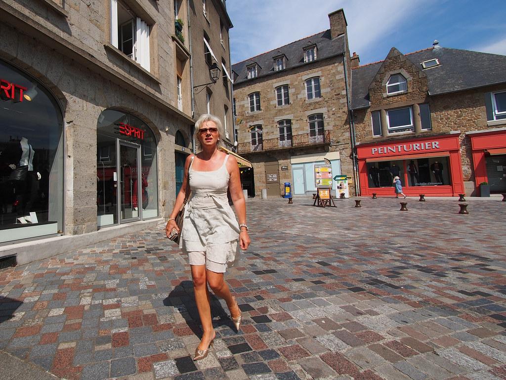 Marie, 18 Ans, Veut Un Plan Cul Avec Un Mec Mature De Tours