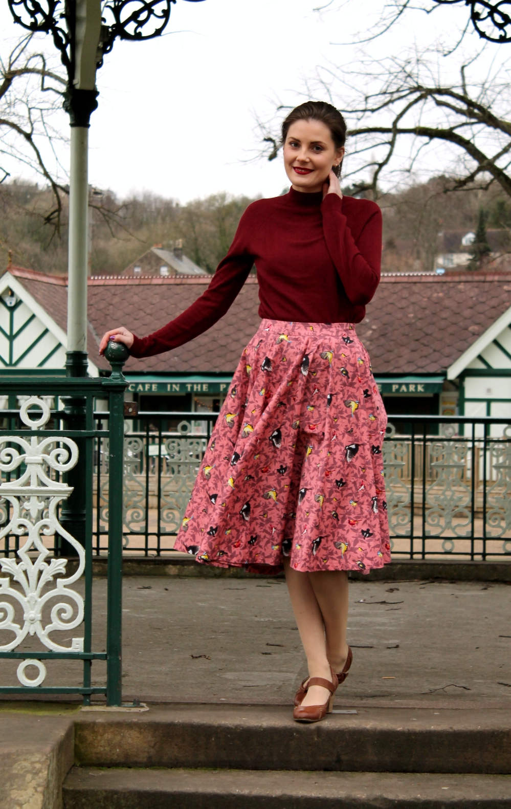 lindy bop skirt via www.lovebirdsvintage.co.uk