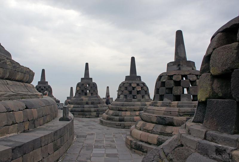 Borobudur, Yogyakarta - 0602 quiet temple
