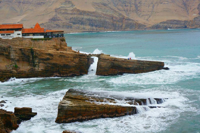 Lima Cliff Restaurant