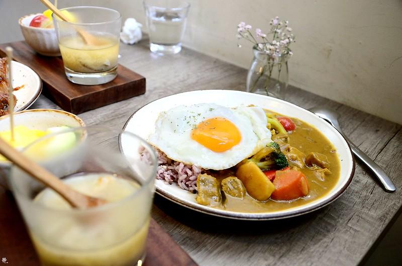 儲房咖啡館菜單台北怎麼去捷運地址營業時間乾燥花 (37)