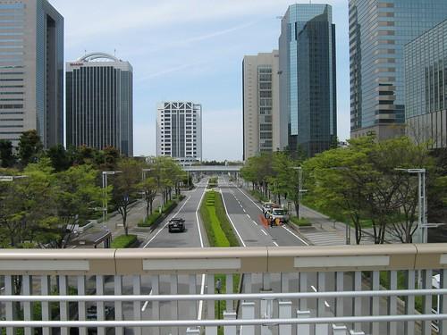 ワタモテxロッテ 歩道橋