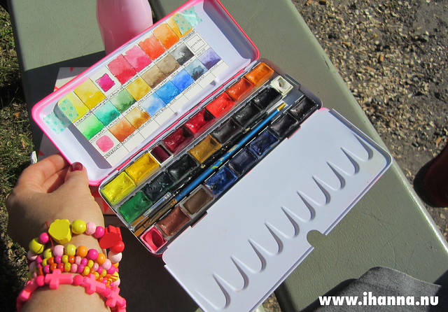 The iHanna Neon Pink Watercolor box with White Night paints by iHanna