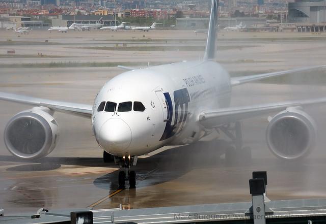 Visitamos el Boeing 787 Dreamliner de LOT