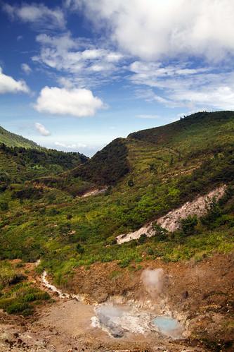 travel lake indonesia volcano java