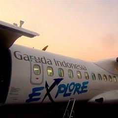 EXPLORE! | Karel Satsuitubun Airport, Langgur, Maluku #explore #airport #airlines #garuda #garudaindonesia #atr #airplane #sunrise #boarding