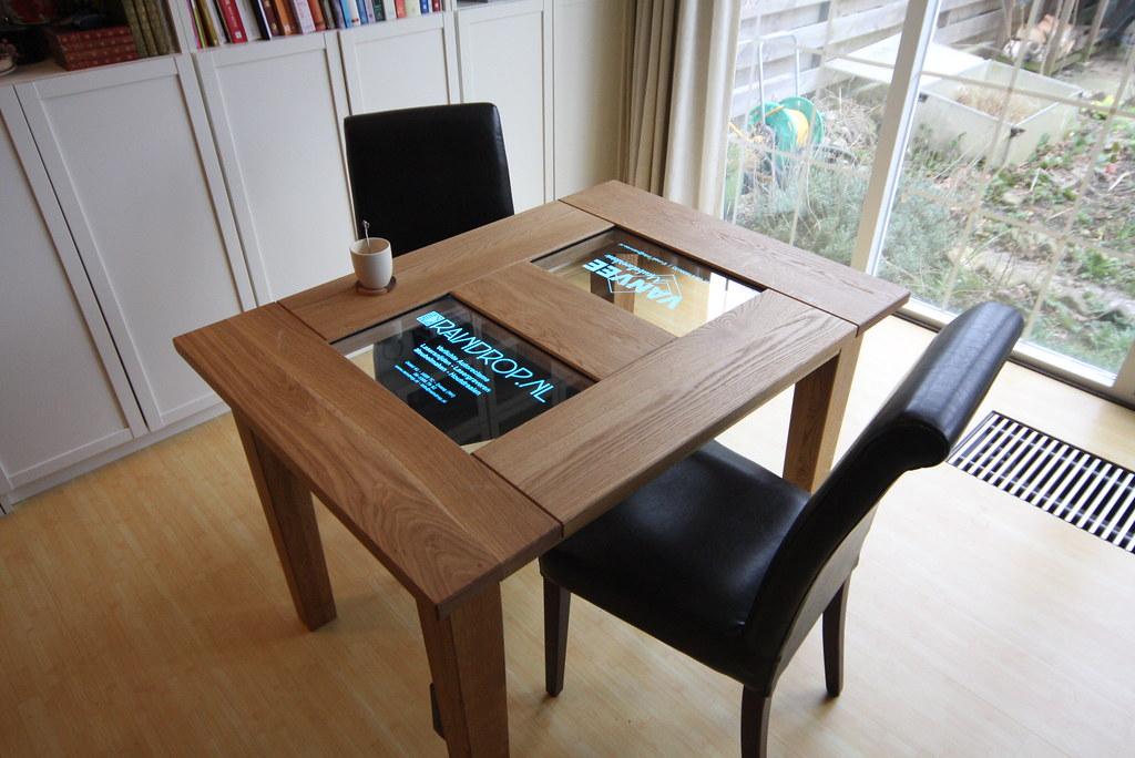 VANVEE: Eiken tafel