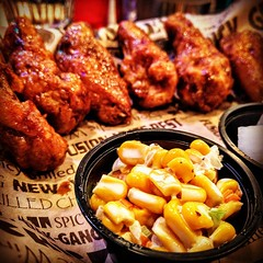 Corn and chicken wings @theCoopNYC #Flushing #Queens #WorldsFair