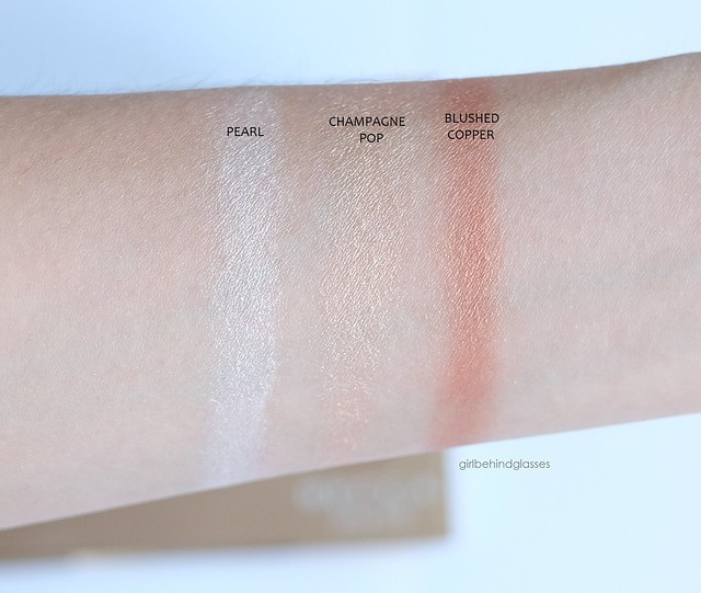 Becca Champagne Glow palette swatches