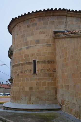 Almenara de Tormes (Salamanca). Santa María la Mayor. Ábside