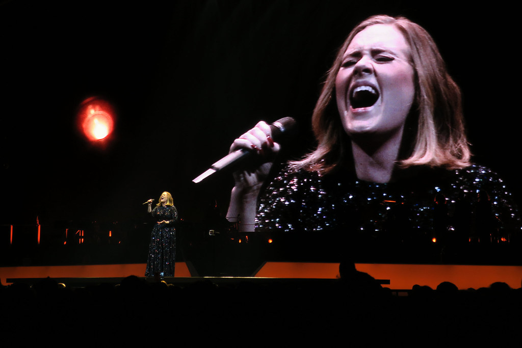 Adele-Live-2016-London-O2-006