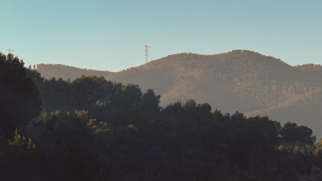 powerlines in Spanish mountains, rumbo Medina del Campo from Madrid (2016)