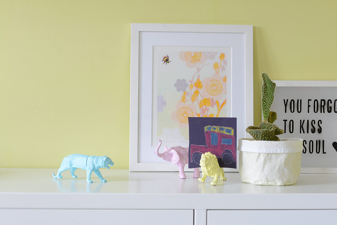 DIY Painted toy animal picture holders