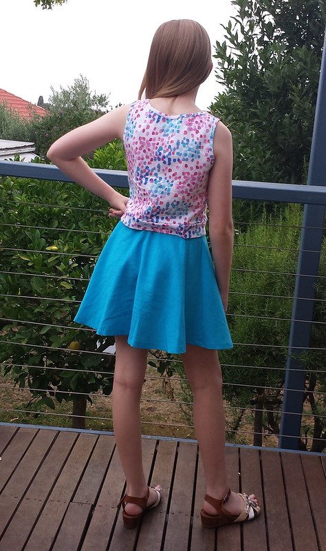 Simplicity 1124 knit top and woven skirt