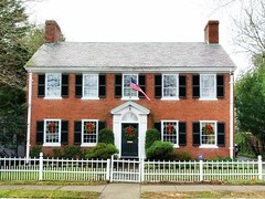 New England home decorated for holiday season