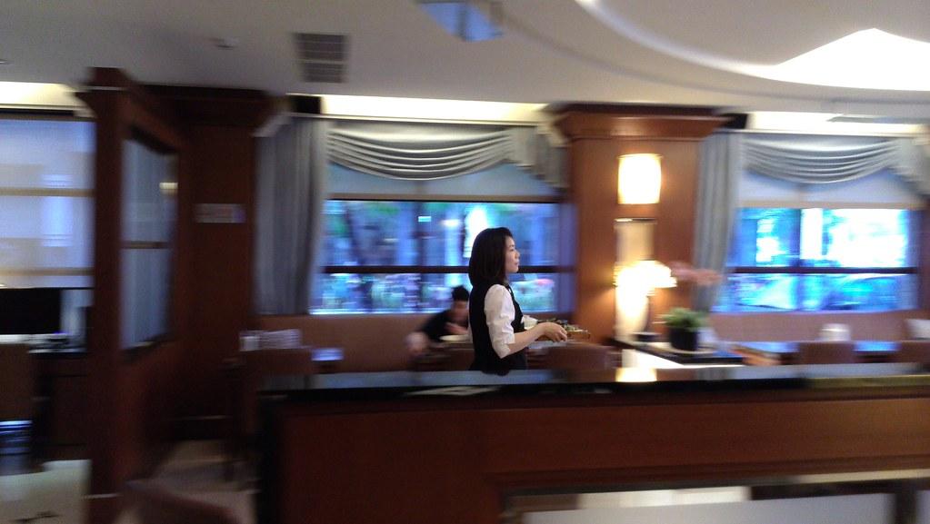[台中西屯美食餐廳]推薦平價又好吃的鼎隆國際商旅~台灣大道(中港路)上、近秋紅谷_一樓餐廳 (3)