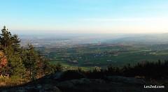 View of the Pilat Park and the Rhone Valley // Vue sur le parc du Pilat et la vallée du Rhône (depuis le Mont Ministre - Pilat - France) #view #landscape #paysage #landscape_lovers #landscapes #landscape_captures #landscapephotography #montministre #count