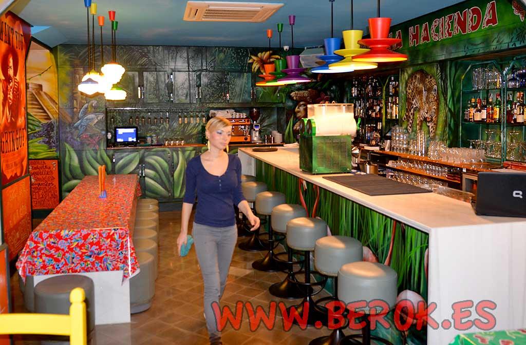 Www berok es 39 s most recent flickr photos picssr - Decoracion de bares ...